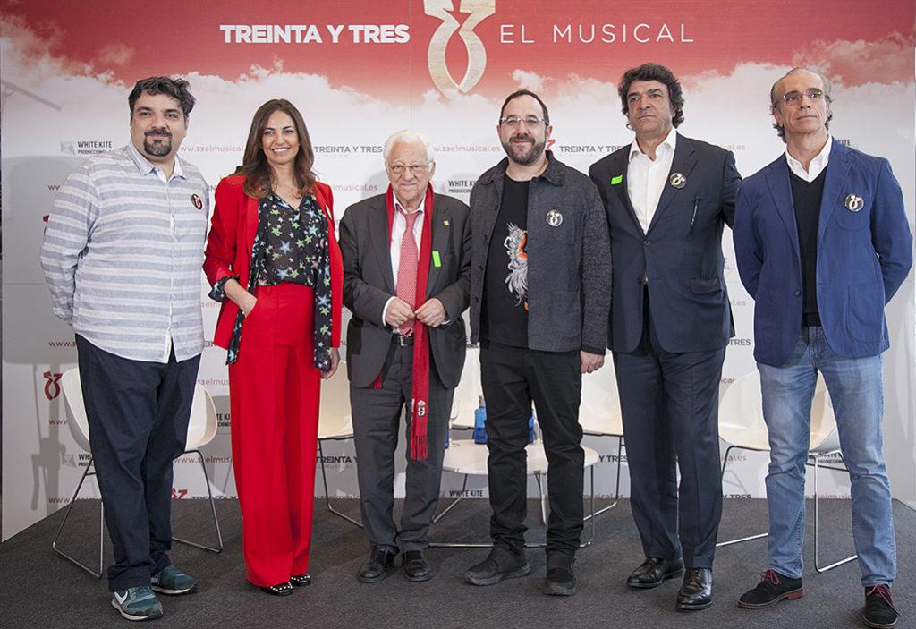 10.000 euros recaudados en la función benéfica de '33 El Musical'