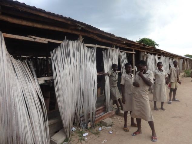 Vamos a mejorar el saneamiento básico de la aldea de Tchatchegou gracias al colegio El Valle