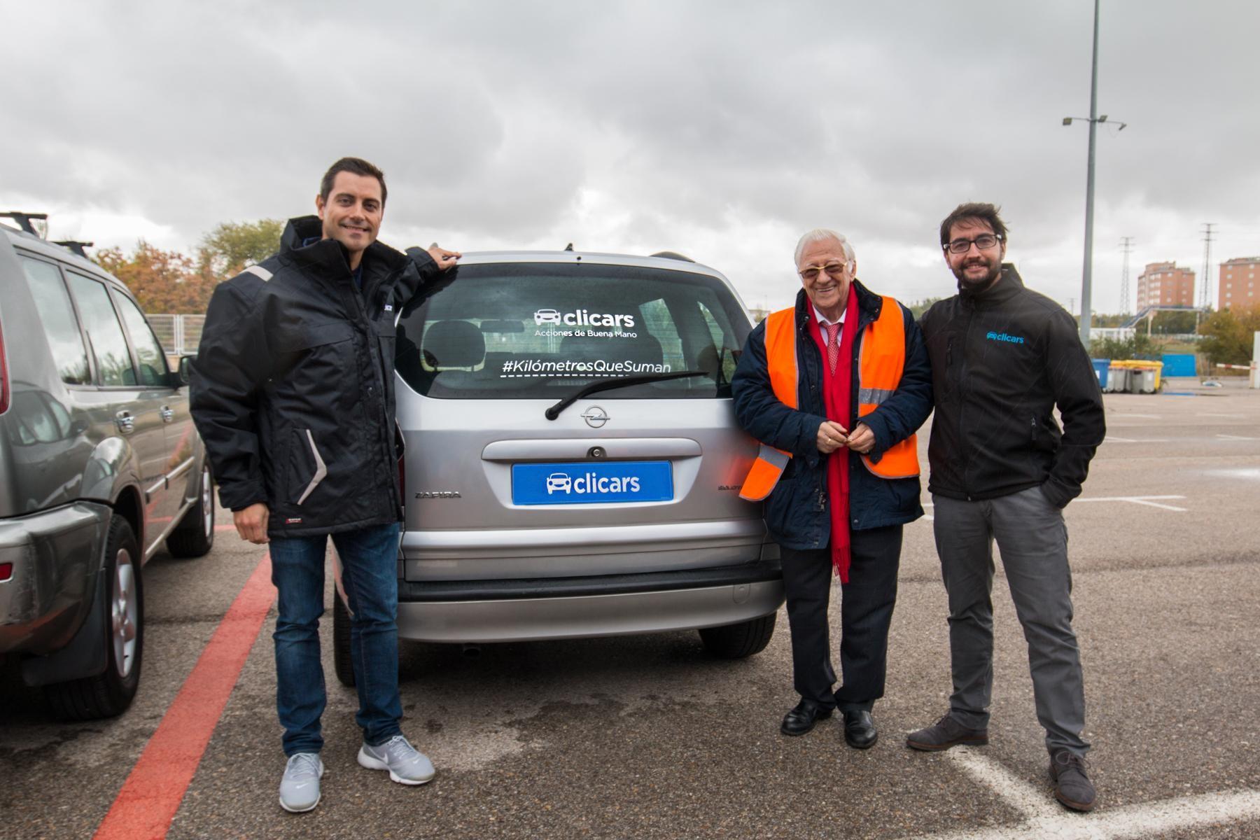 Clicars renueva por otros seis meses la cesión de vehículos  para colaborar con la Fundación Mensajeros de la Paz