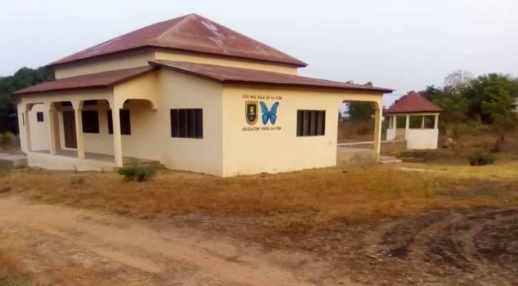 """En marcha el centro social construido gracias al congreso """"Vida después de la vida"""" – Benin"""