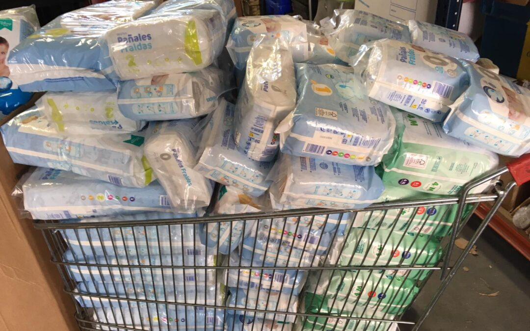Donación de pañales infantiles y cacao de la @Fundacion_ONCE