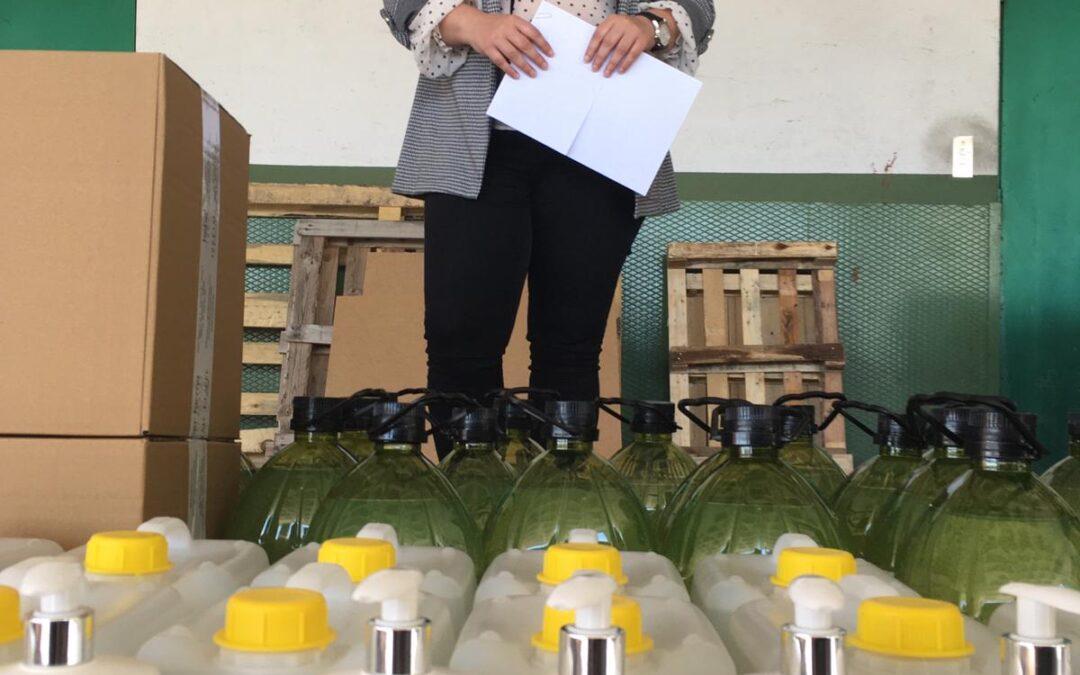 Donación de gel hidroalcohólico de Heber Farman