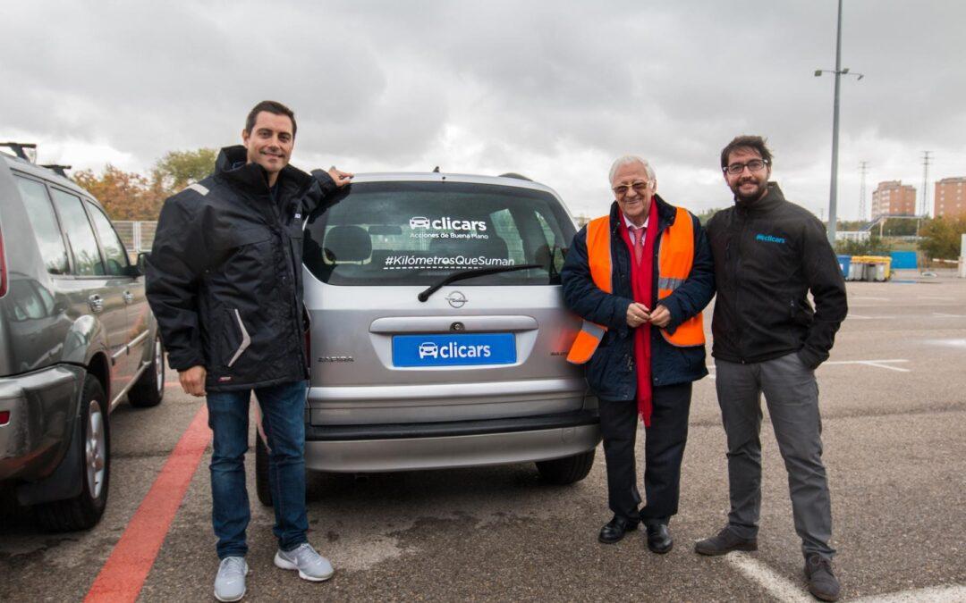 Clicars cede vehículos para colaborar  con Mensajeros de la Paz