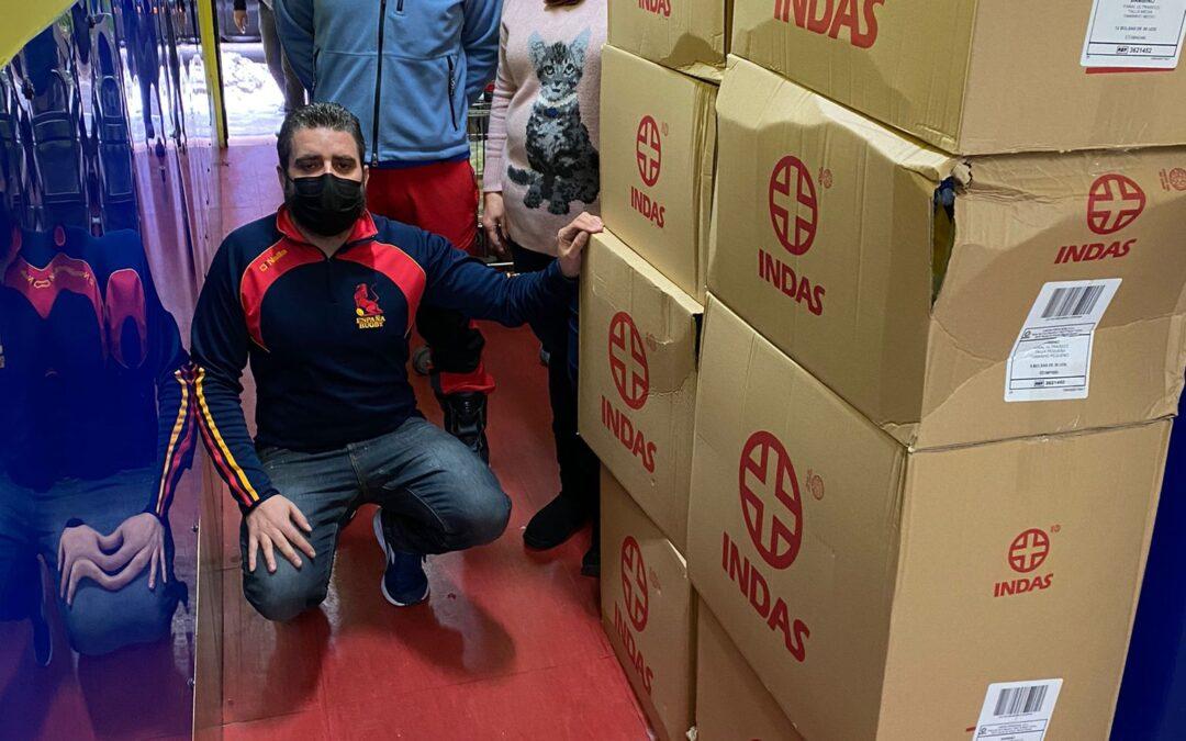 Bomberos Unidos Sin Fronteras nos han entregado una donación de pañales infantiles