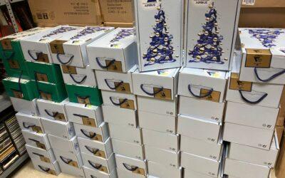 Nos han llegado otras 58 cestas de navidad de los trabajadores de Aibus Barajas