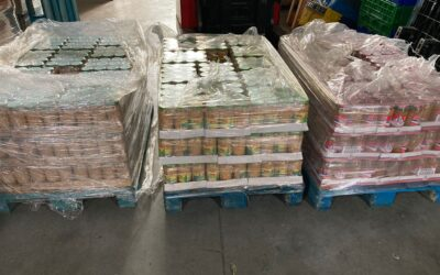 Hacemos una donación de productos no perecederos a la Red Vecinal Zerrillo