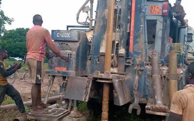 Perforación del Pozo de agua en Koutitapa