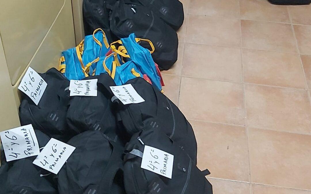 Un nuevo curso colaborado con @INCREFAM preparándoles 25 mochilas para niños