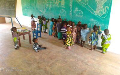 """Centro de Día """"Vida después de la Vida» en Tchatchegou – Benin: UNA ESCUELA EN PROGRESO"""